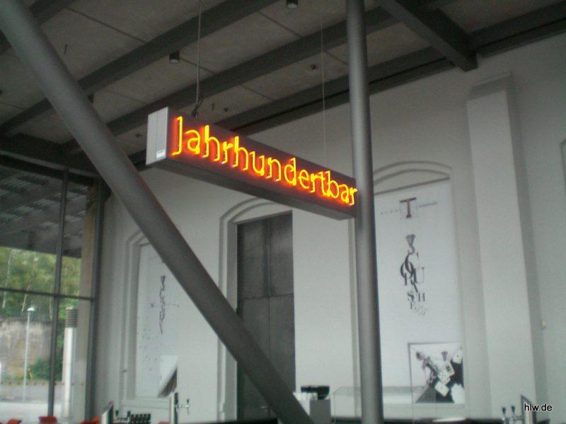 Neon-Schriftzug - Jahrhunderthalle Bochum
