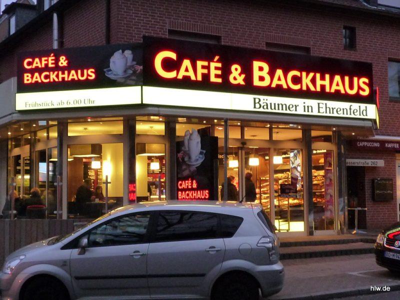 Lichtwerbung mit LED-Buchstaben - Bäckerei Bäumer
