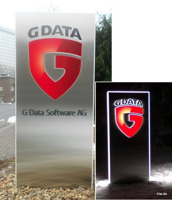 Werbe-Pylon mit LED-Ausleuchtung - G Data