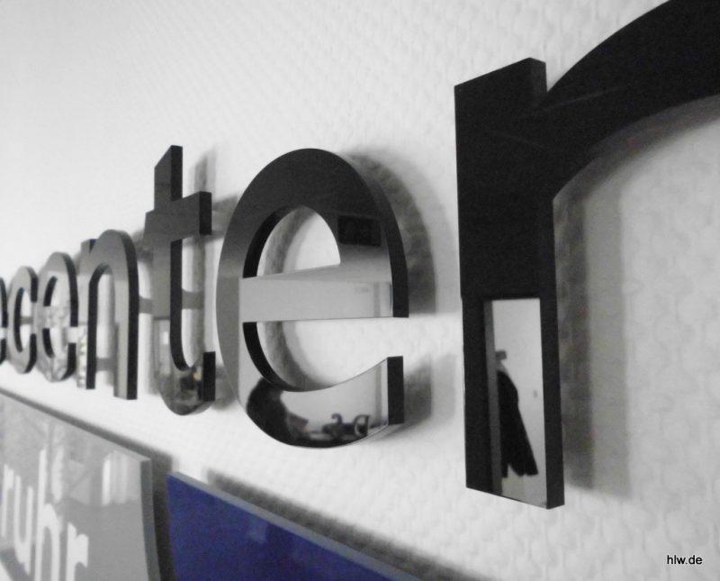 Buchstaben im Innenbereich - Care Center Rhein-Ruhr