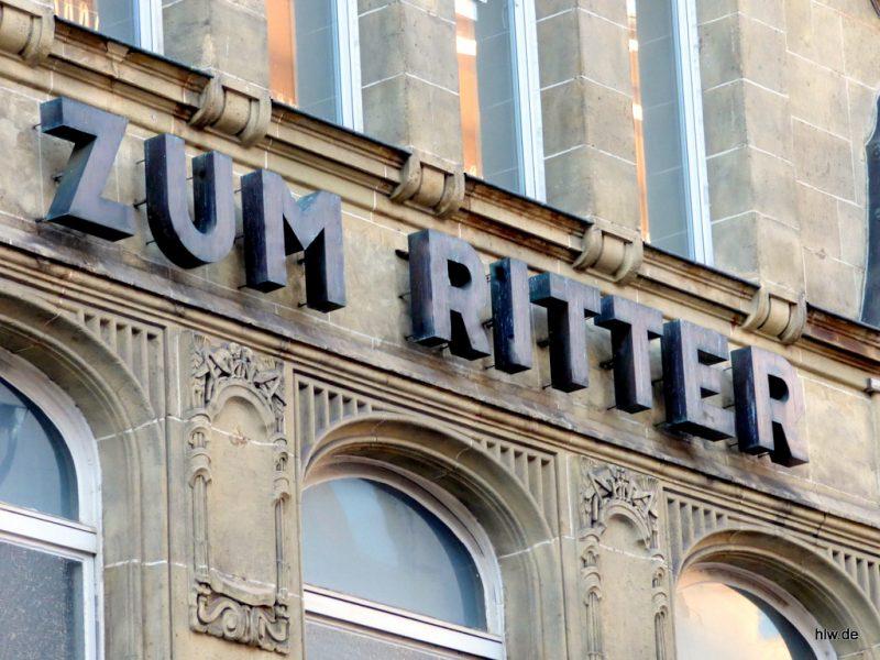 Einzelbuchstaben - Zum Ritter in Essen