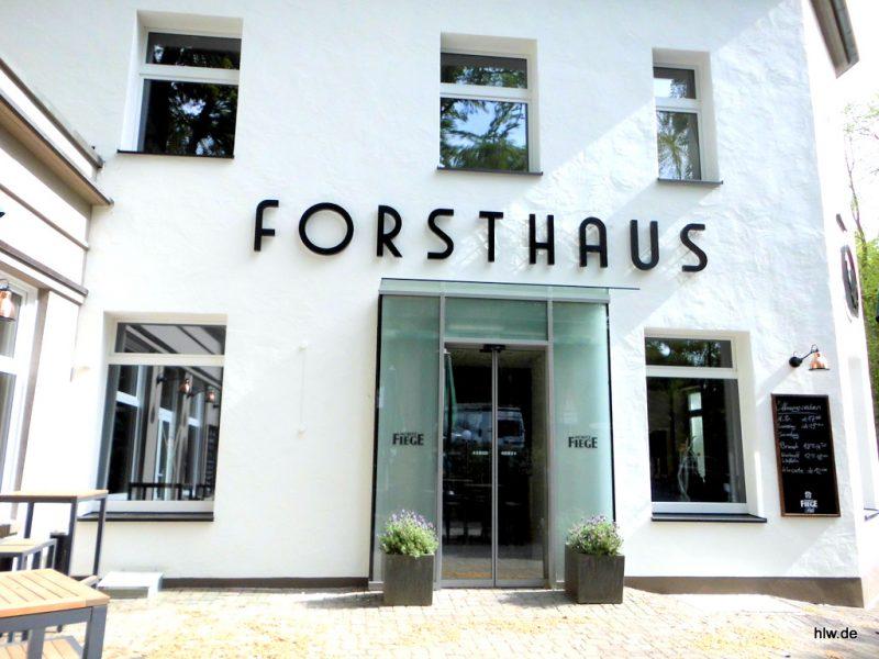 LED-Buchstaben als Rückleuchter - Forsthaus in Bochum