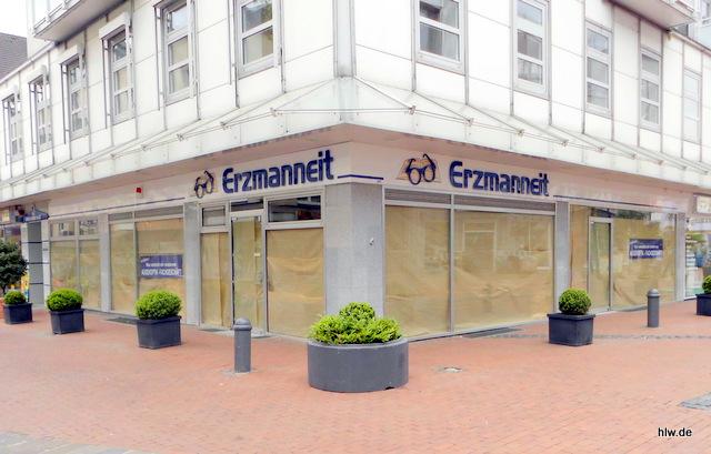 Einzelbuchstaben und Logo - Erzmanneit Optik-Studio