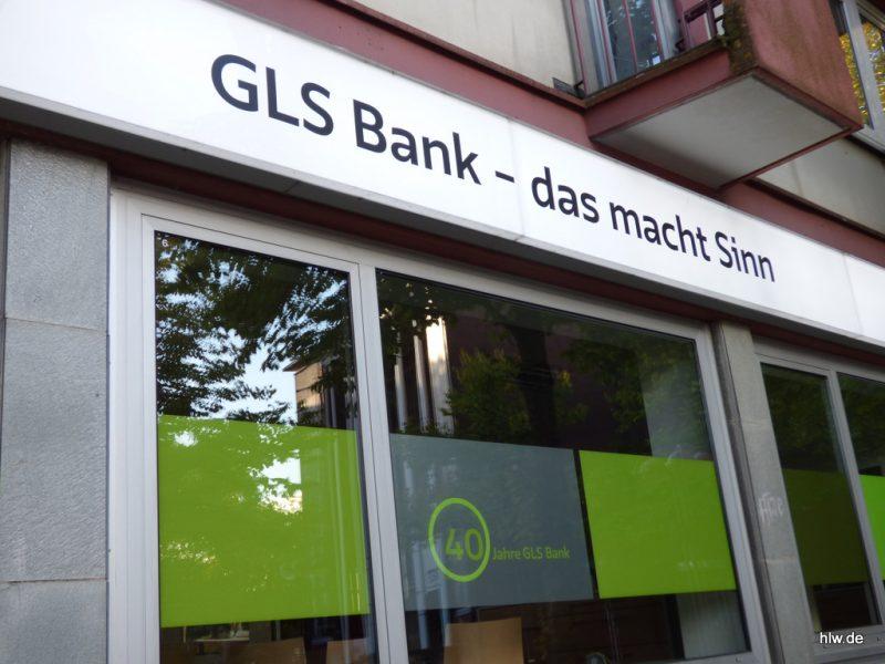 LED-Leuchttransparent mit Beschriftung in Bochum, GLS Bank Bochum