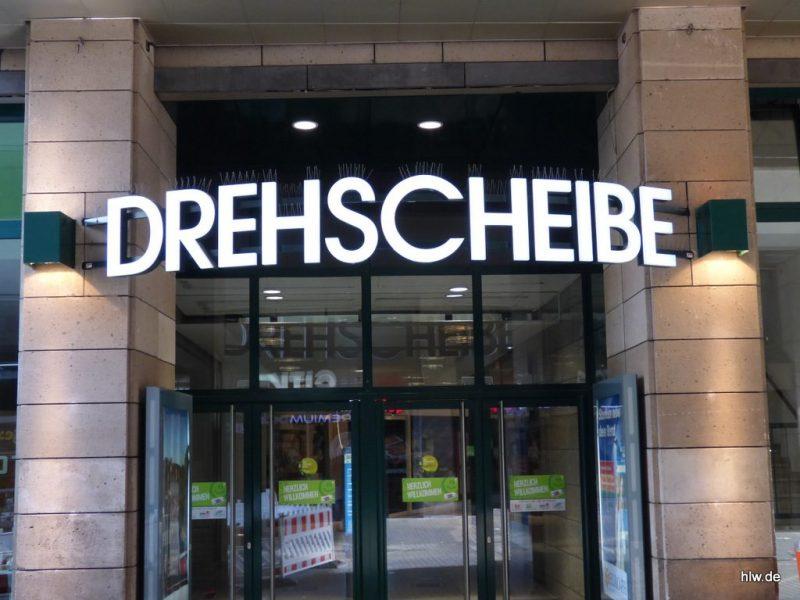 Schriftzug aus LED-Beuchstaben, Drehscheibe Bochum