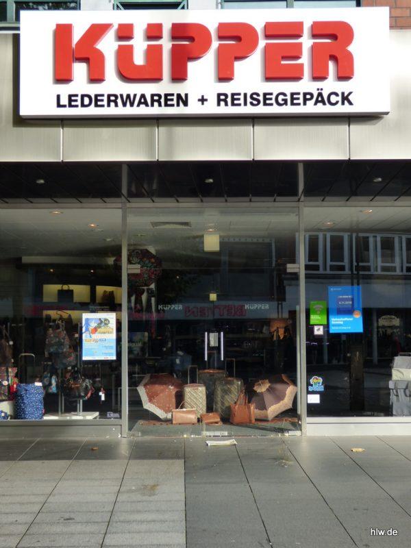Lichtwerbung, Leder Küpper, Bochum, Innenstadt,