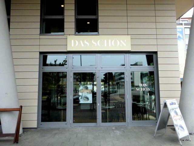 Lichtwerbeanlage und Fensterbeschriftung mit Einzelbuchstaben in Essen